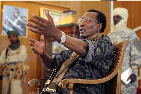 Tchad : Déby matraque…Il arrête son ex PM et un DG