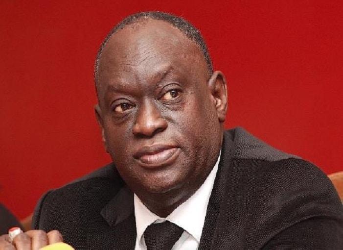 Vidéo-Me El Hadj Diouf dépose la plainte de Mamour Diallo au palais de justice