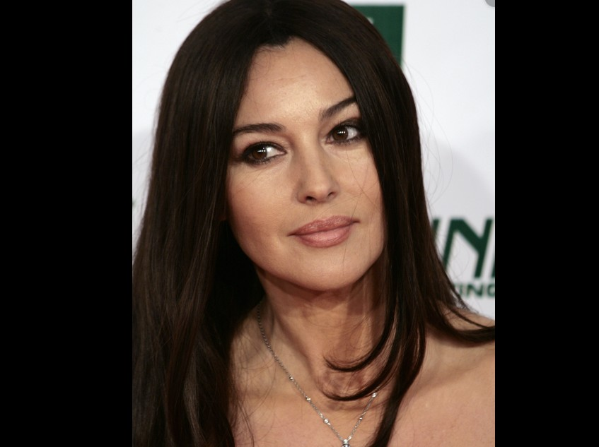 Monica Bellucci dévoile une photo d'elle nue (photo & vidéo)
