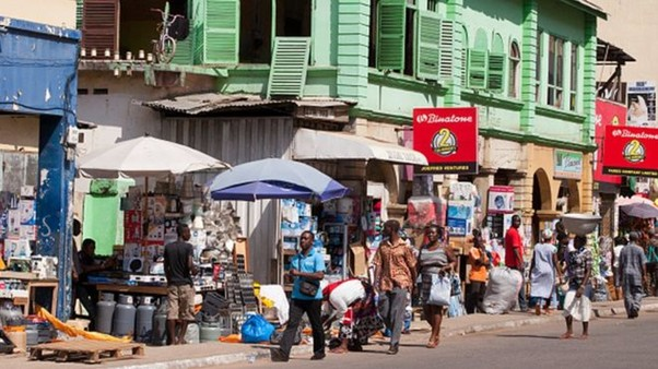 Ghana : les magasins des commerçants étrangers fermés