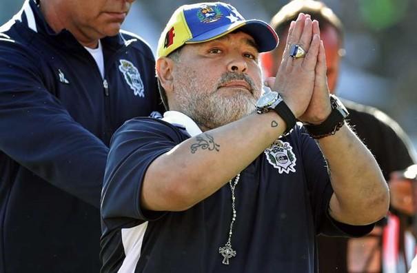 Dolce & Gabbana condamné à verser 70 000 euros à Maradona