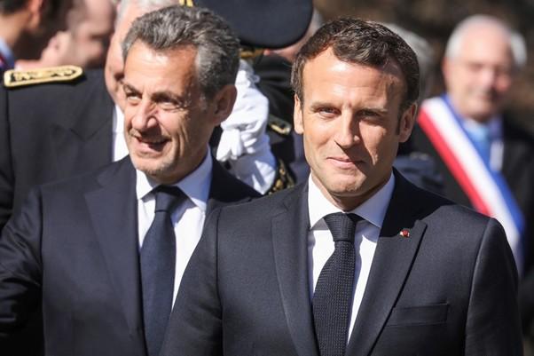 Macron envoie Sarkozy en...mission
