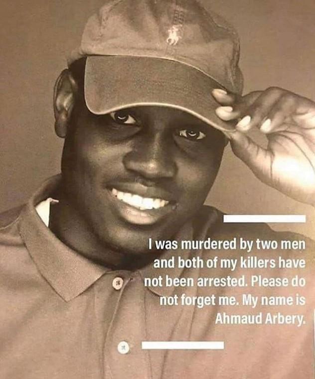 Un père et son tué inculpé pour meurtre